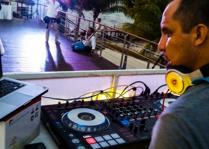 Audio-and-lighting-equipment-Wedding-and-event-productions-9