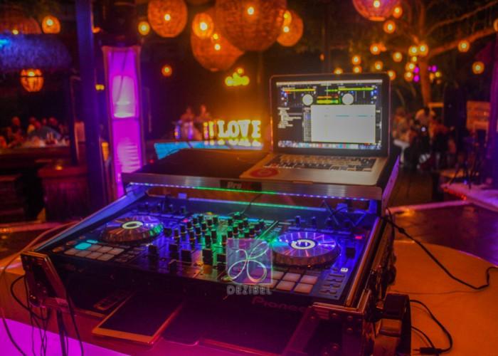 Audio-iluminacion-DJ-para-bodas