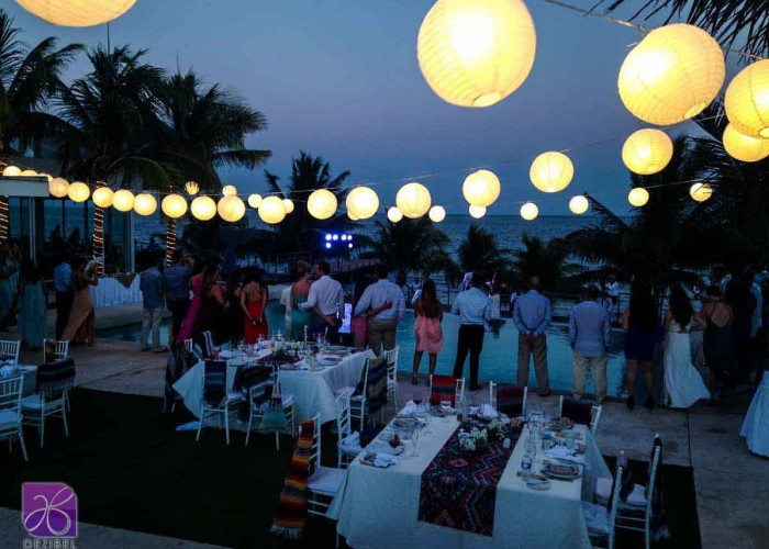 Bolas chinas-Lighting-and-decor-wedding-in-Riviera Maya (4)