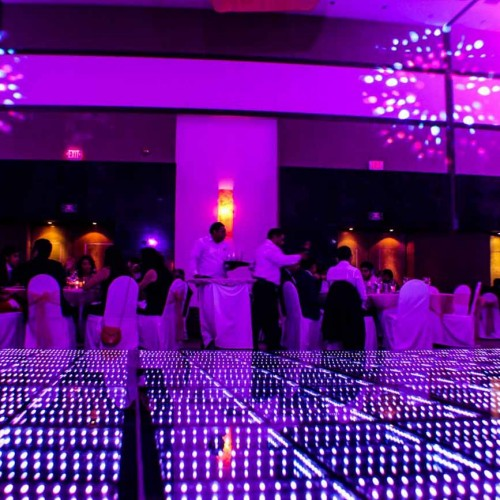 Dancefloor-3D-Wedding-and-event-productions-9