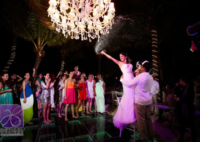 Wedding cancun-Planners - Beautiful Chandelier _-93