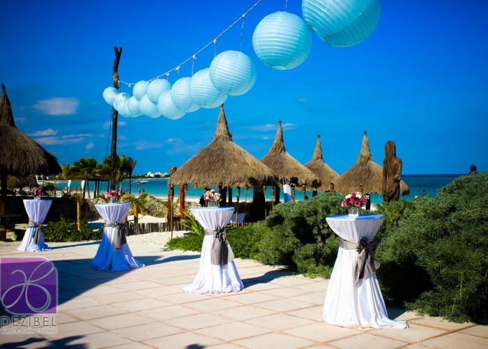 Wedding cancun-Planners-chinese paper lamps-outdoor-48