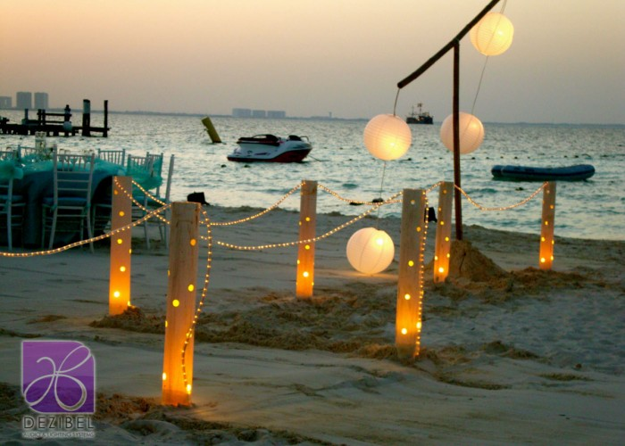 Wedding cancun-Planners-chinese paper lamps-outdoor