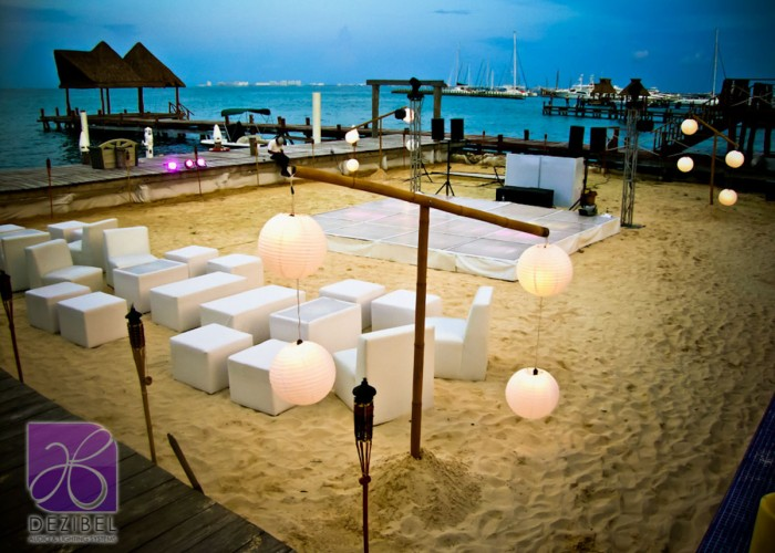 Wedding cancun-Planners-chinese paper lamps-outdoor-71