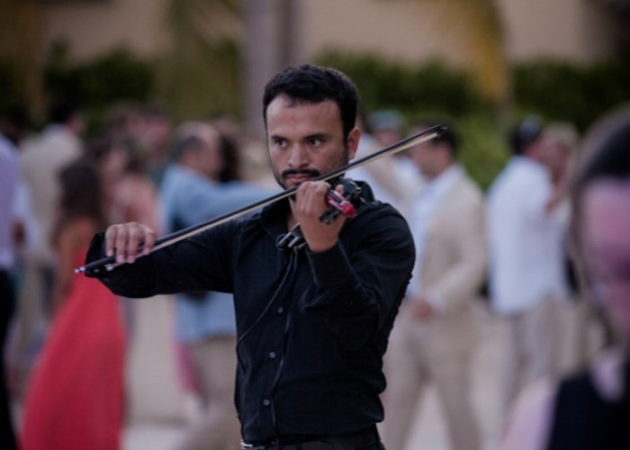 Beach Wedding cancun- Violin-13