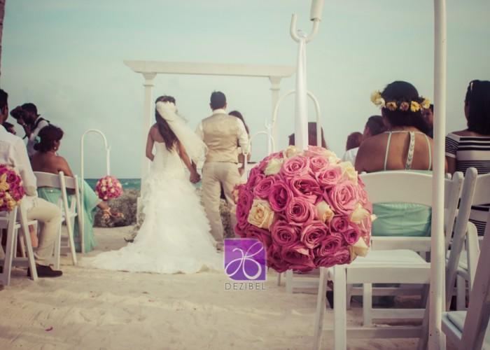 Diego-y-Lorena-Beach-wedding-93