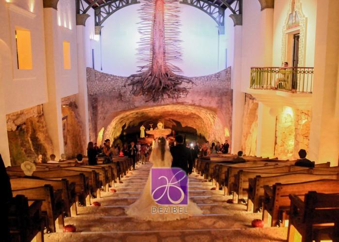 Paulina-Ricardo-Destination-Wedding-Riviera-Maya_-13