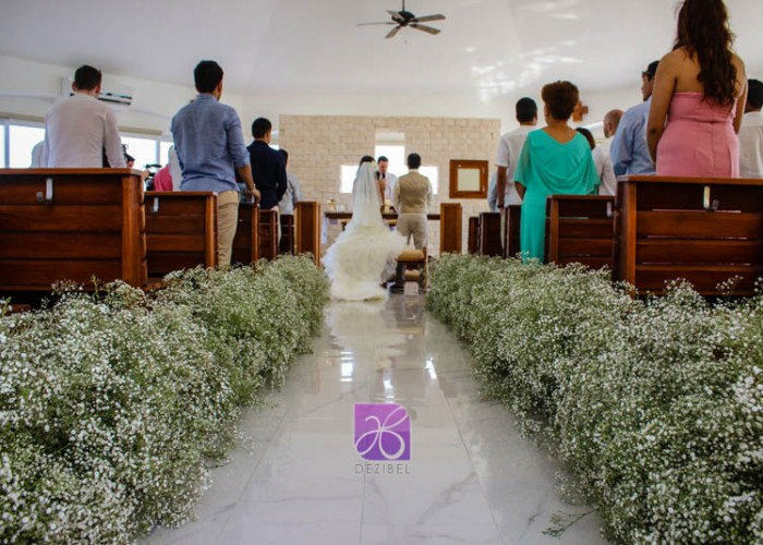 Religious-Ceremony-Cancun-Beach-Wedding