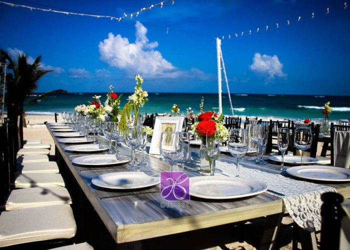 Wedding cancun-Planners- Vintage Forniture- Table and Chair Vintage- vintage decor at the beach-26