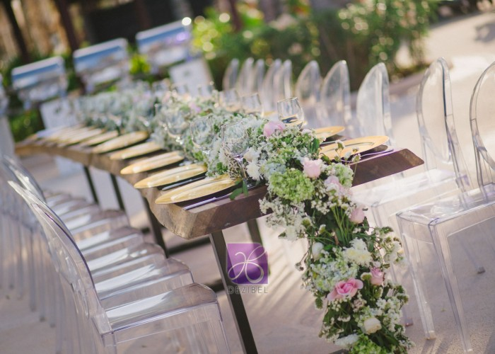 rustic-furniture-wedding-2