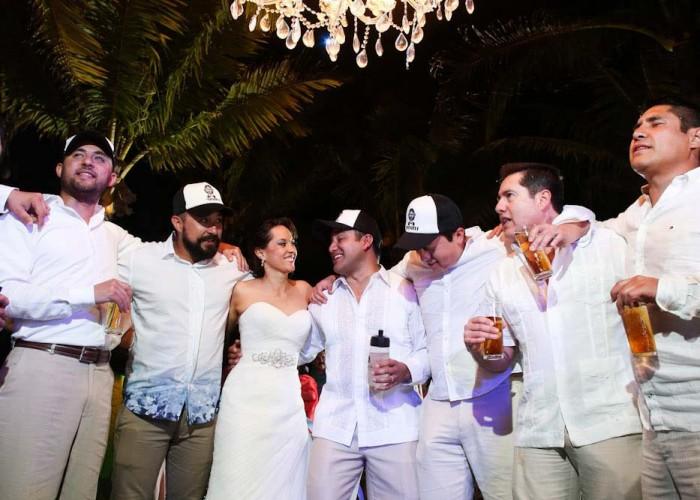 Wedding cancun-Planners - Beautiful Chandelier _-98