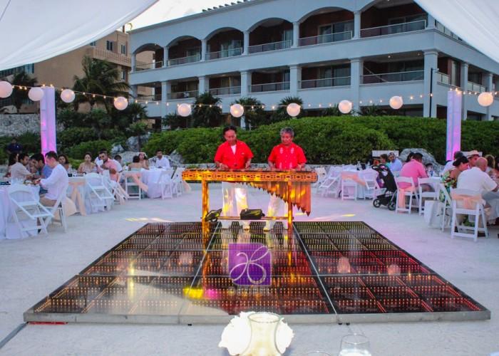 Diego-y-Lorena-Beach-wedding-171