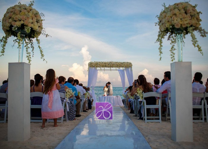 wedding-chairs-374